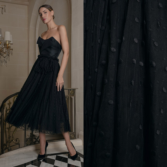 Tulle flared black skirt
